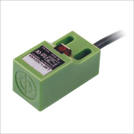 Angular Column Type Inductive Proximity Sensor