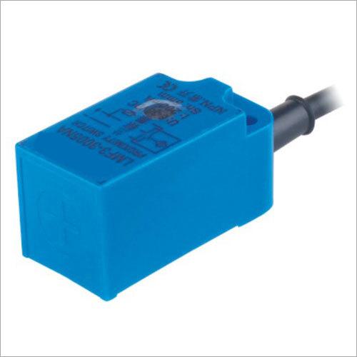 Angluar Column Type Inductive Sensor