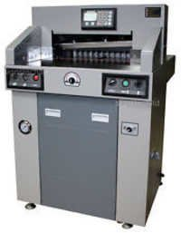 PROGRAMMABLE CUTTING MACHINE520MM & 670MM