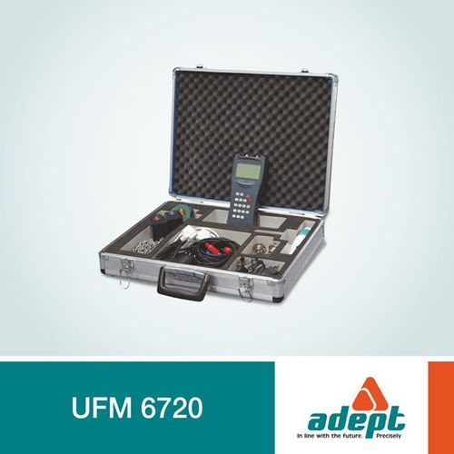 Ultrasonic Flowmeter 6720 (Portable Model)