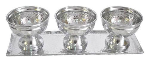 Hammered Aluminium Bowl set of 3 with tray