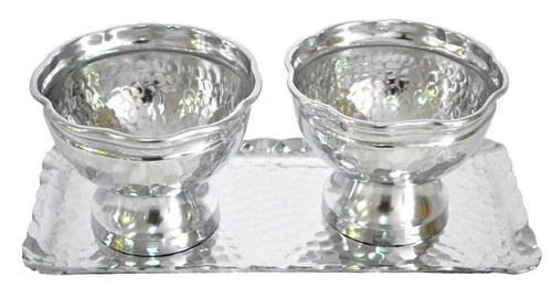 Hammered Aluminium Bowl set of 2 with Tray