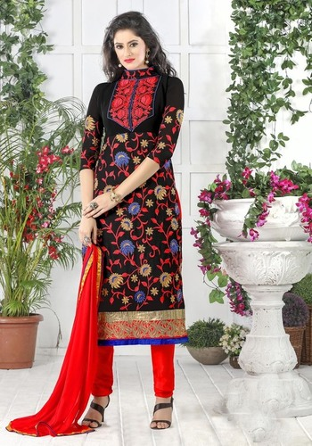 Stylish Black Salwar Suit