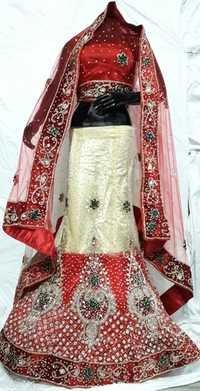 Bridal Lehenga chunni