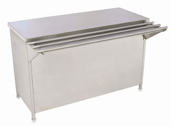 Plate Pick Up Counter With Tray Slide