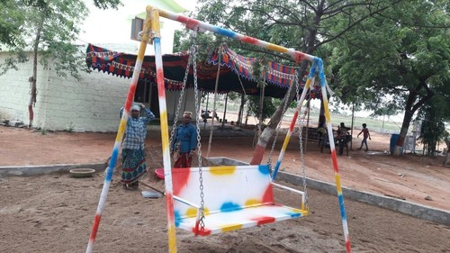 Playground Swing Manufacturers