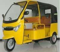 Auto Type Battery E-Rickshaw