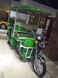 Fibre Roof E-Battery Rickshaw