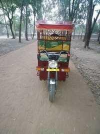Heavy Duty I-CAT Battery E-Rickshaw