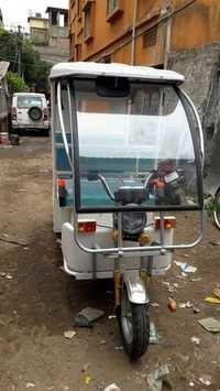 I-CAT Battery Rickshaw
