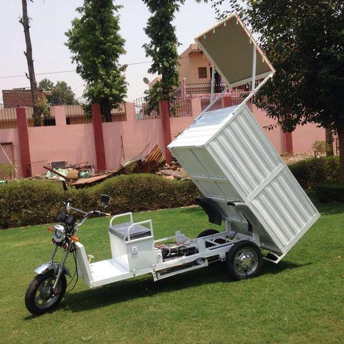 Battery E-Rickshaw Loader