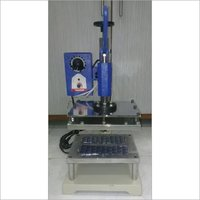 Cream Roll Packaging Machine