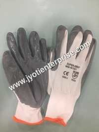 grey nitrile coated cut resistant gloves