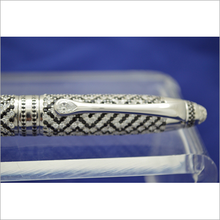 Diamond Studded Pen