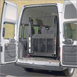Mobility Vehicle Lift