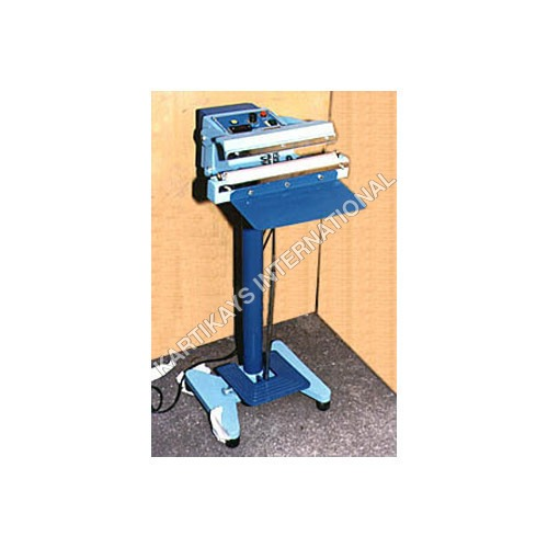 Foot Sealing Machine & Box Strapping