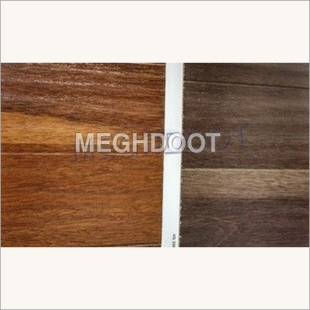 Textured Surface Laminate Flooring