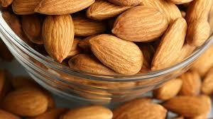 Clear Raw dried Sweet California Almonds
