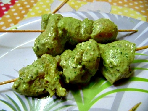 CHICKEN HARIYALI TIKKA MARINATED