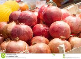 FRESH SWEET pomegranate fruit FOR JUICE INDUSTRIES