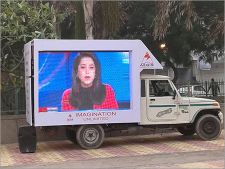Advertising Mobile Truck Mounted LED Screen