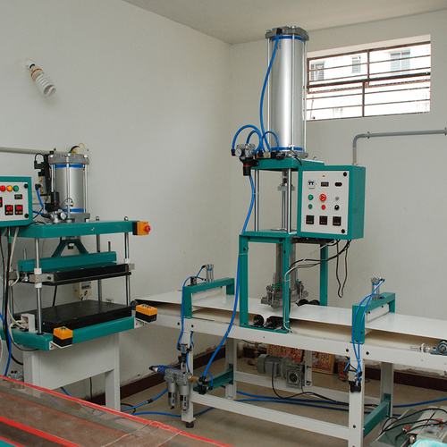 Square Paratha Making Machine