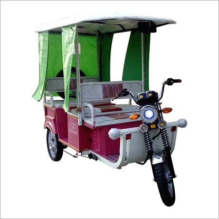 4-6 Seater Electric Rickshaw