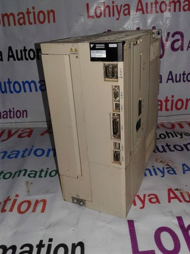 YASKAWA SERVO DRIVES  SGDV-330AA11A