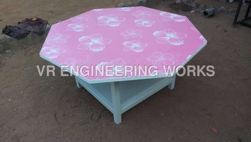 Kids Diagnal Table