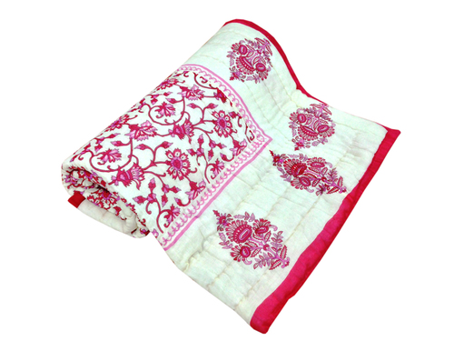 Light Pink Printed Single Bed Quilt