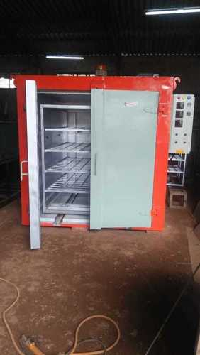 TROLLEY TYPE DRYING OVEN
