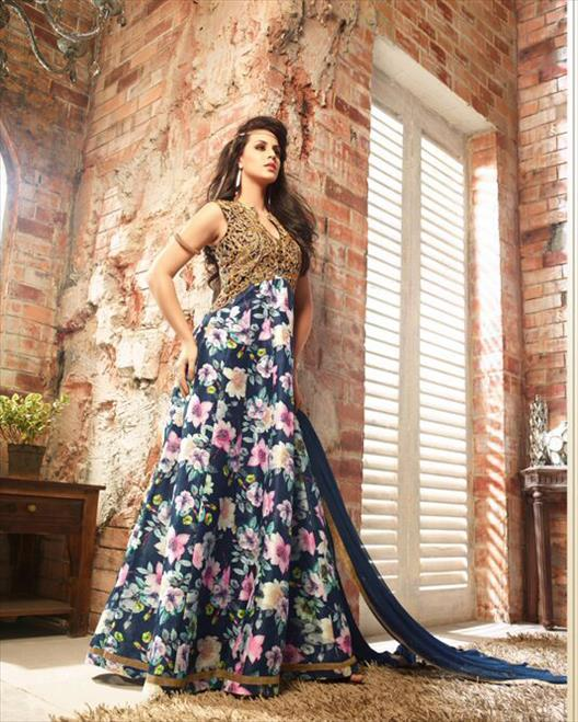 Ladies Banglori Silk Suit
