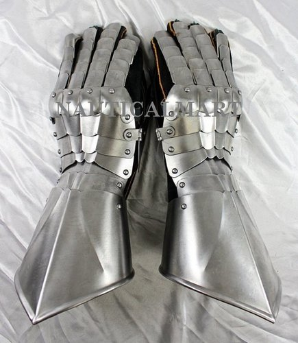 Medieval Hand Guard Steel Armor Gauntlets