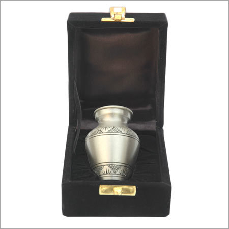 Brass Keepsakes Urn