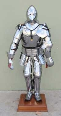 Medieval Gothic Suit Of Armor