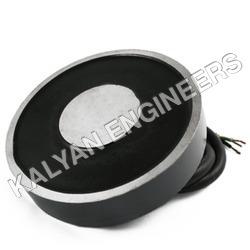 Heavy Electromagnet
