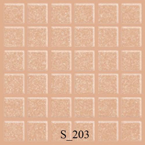 浅粉红色的六地板瓦片