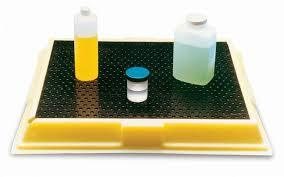 POLY-LABTRAY™ Brings spill protection to the laboratory bench