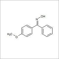 4-Methoxy benzophenone oxime