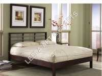 Simple Stylist Iron Bed