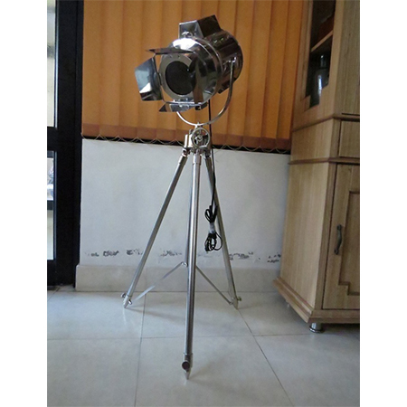 Full Chrome Flap Search Light With Chrome Stand