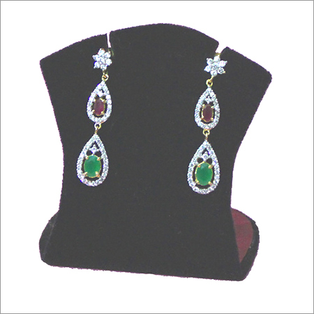 RED & GREEN HANGING EARRING