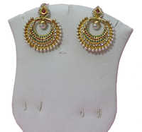 Pearl Butter Earrings