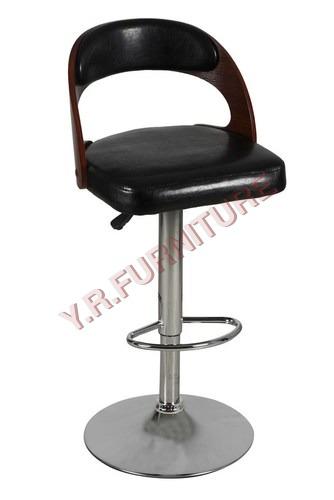 Brizu revolving chair