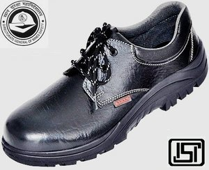 Safety Shoes Karam