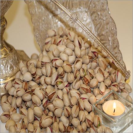Round Pistachio Nuts