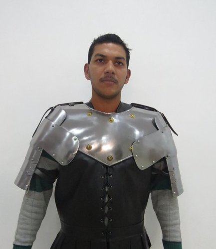 Gothic Gorget with Pauldrons - Metallic - One Size Armour