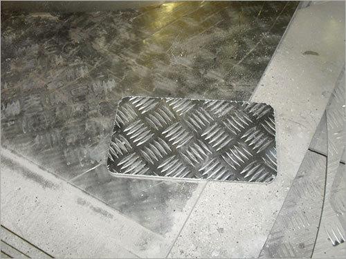 Aluminium Chequered Plate Cutting
