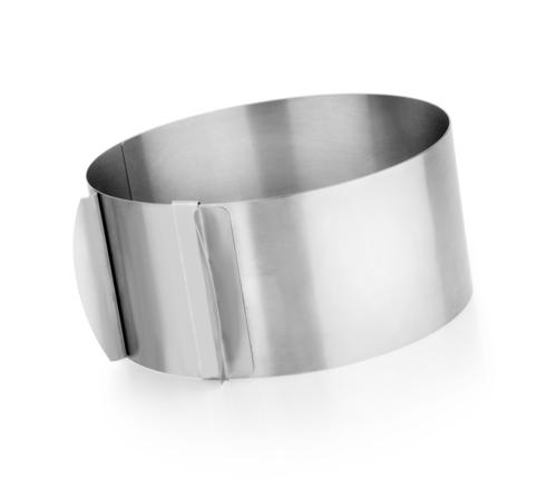 Adjustable cake rings