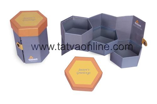 Three Cavity Hexagonal Box